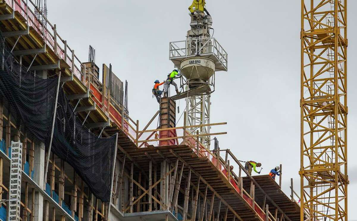 Construction continues to Camden Downtown, a residential tower in downtown Houston near the Toyota Center, Tuesday, Jan. 22, 2019.