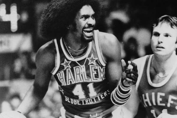 Sweet Lou Dunbar's No. 41 will be retired by the Harlem Globetrotters