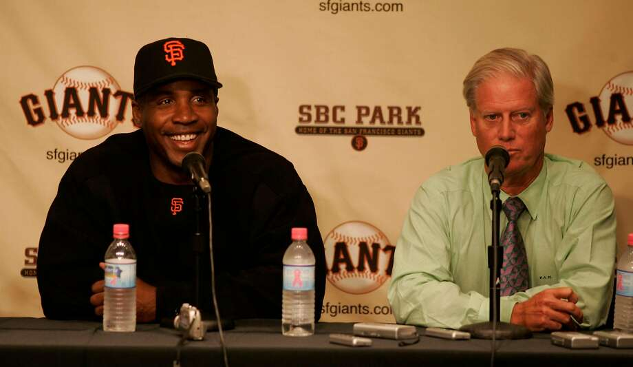 giants038_mac.jpg At a press conference, Bonds talks to the media to announce the expansion. Peter McGowan, President and Managing General Partner nearby. Barry Bonds renews his contract with the San Francisco Giants during the 2006 baseball season, as it became known today. San Francisco Giants vs. Houston Astros. on 21.09.04. Michael Macor / San Francisco Chronicle On: 07-07-2005 ESPN criticized the Giants and Peter Magowan for allowing Barry Bonds to monitor his own medical treatment. Photo: Michael Macor / SFC