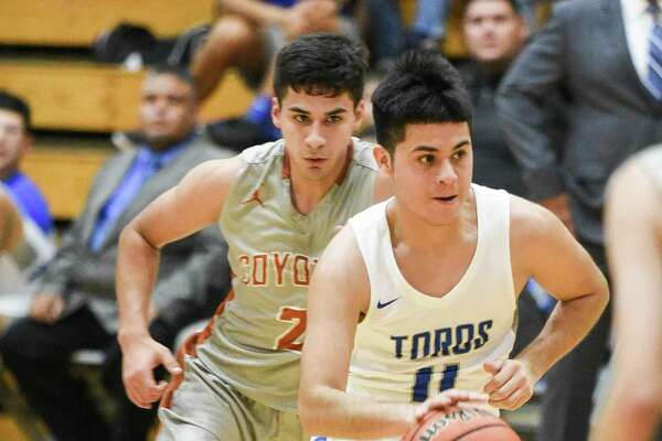 Matthew Gonzalez and Cigarroa defeated Alice 75-66 on Tuesday.