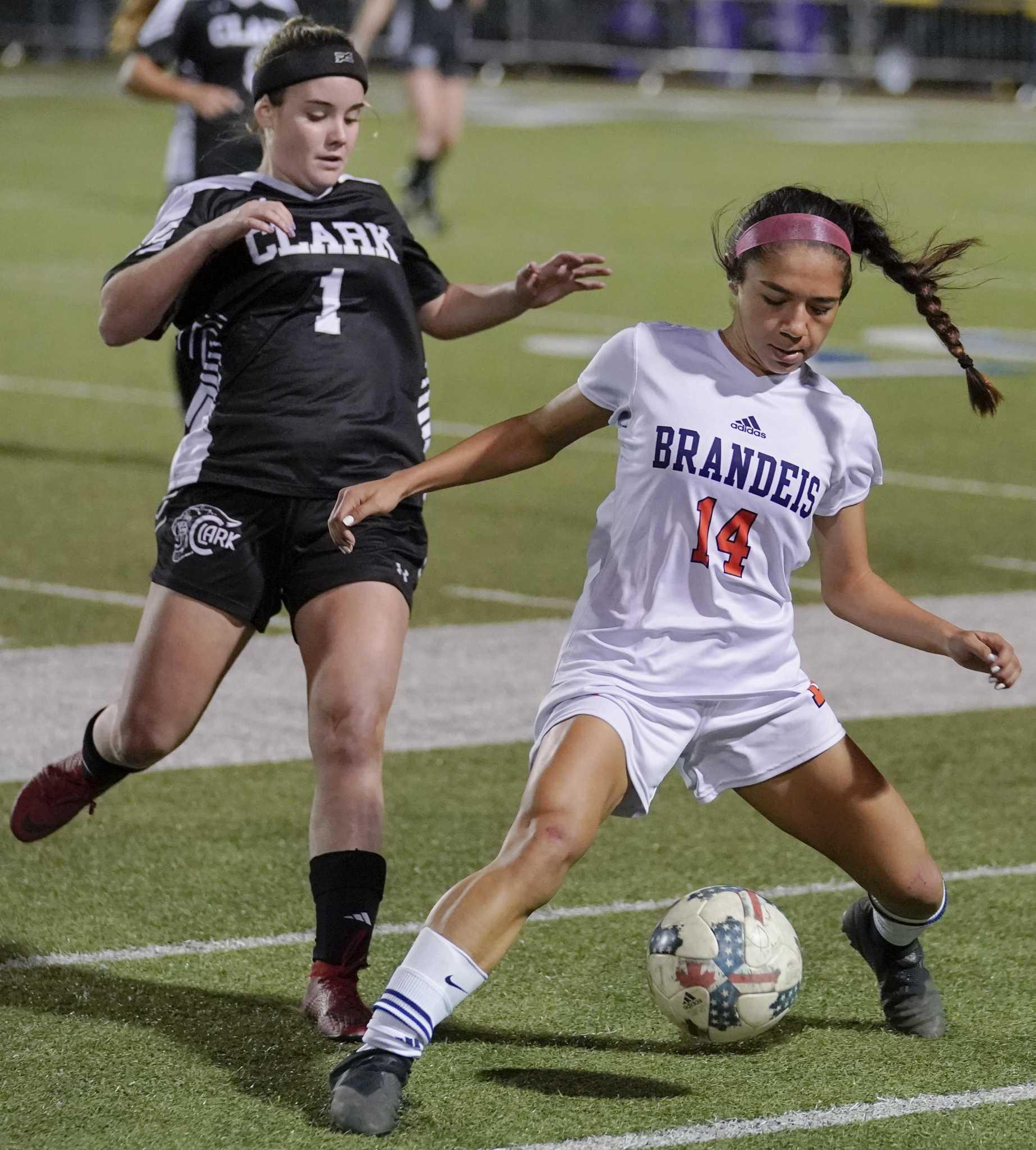 Girls Soccer E-N Rankings, Top Players - San Antonio Express-News-6973