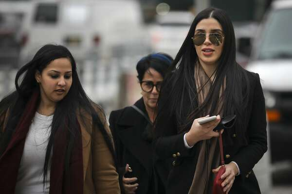 NEW YORK, NY - JANUARY 23: Emma Coronel Aispuro (R), the wife of Joaquin 'El Chapo' Guzman, arrives at the U.S. District Court for the Eastern District of New York, January 23, 2019 in New York City. El Chapo is accused of trafficking over 440,000 pounds of cocaine, in addition to other drugs, and exerting power through murders and kidnappings as he led the Sinaloa Cartel. Prosecutors say they expect to rest their case soon in the trial that began in November. (Photo by Drew Angerer/Getty Images)
