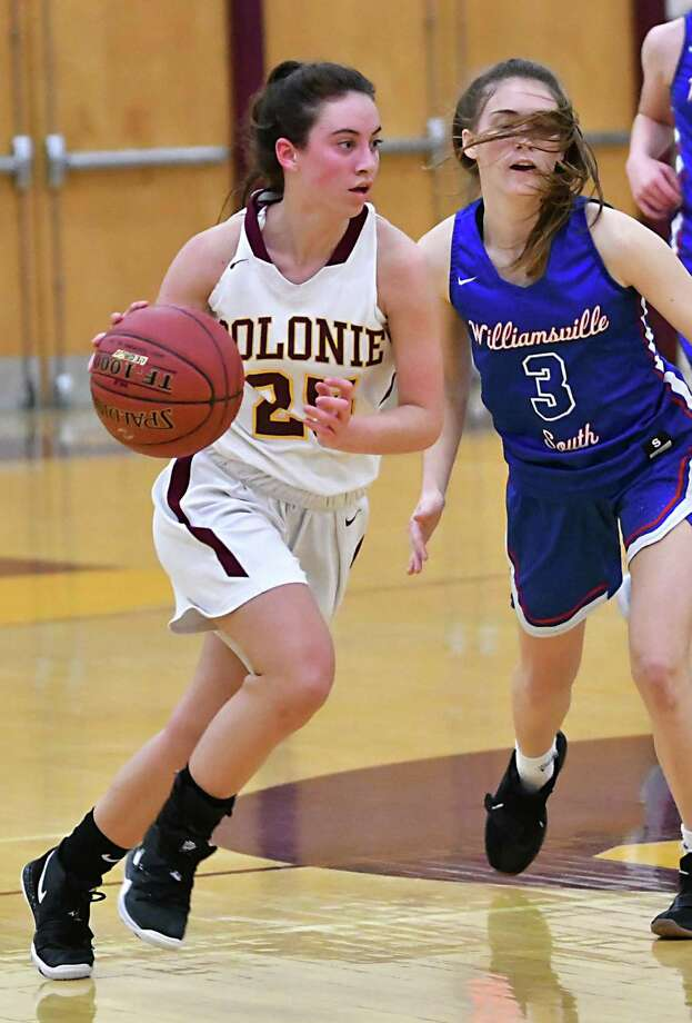 Colonie's Ahnalese Pearson takes the ball down the court during a basketball game against Williamsville South on Wednesday, Dec. 26, 2018 in Colonie, N.Y. (Lori Van Buren/Times Union) Photo: Lori Van Buren / 20045795A
