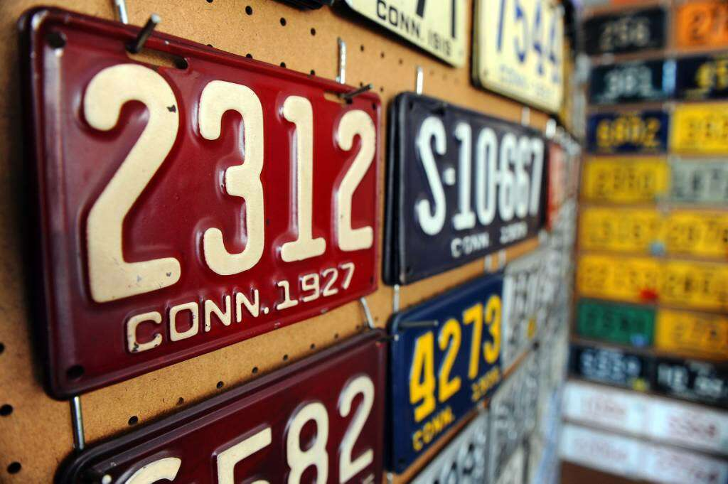 License plate collection more history than vanity - StamfordAdvocate