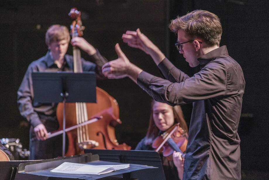 Leonard Bopp conducting the I/O Ensemble.  Credit: Keith Forman Photo: Keith Forman / keith forman