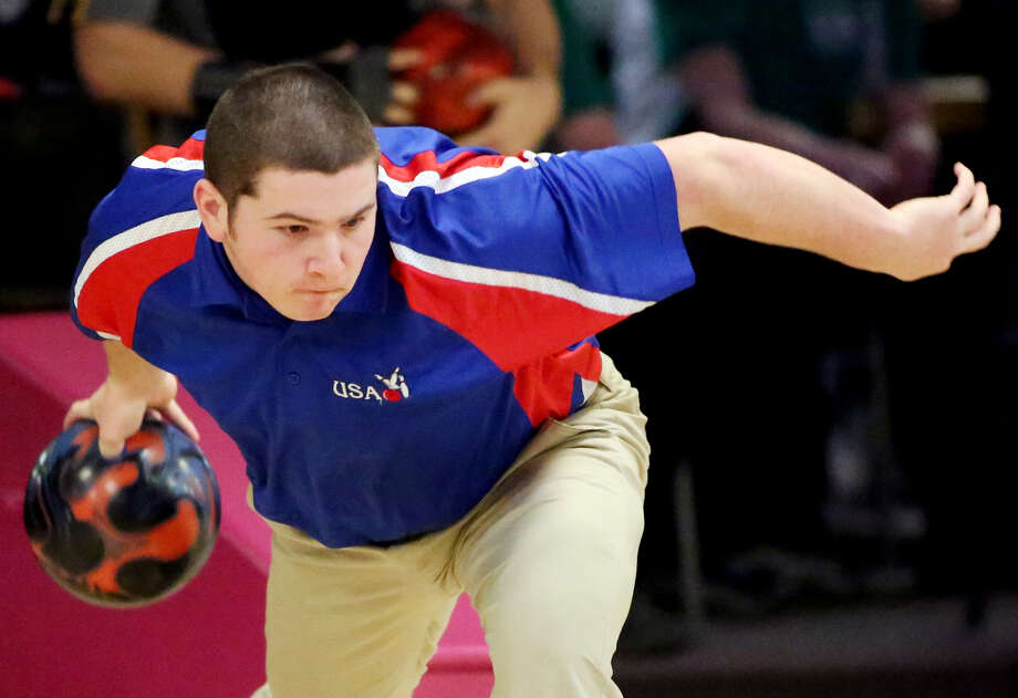 USA's Nic Lutz is shown here during a Jan. 15 match at Longshot Lanes, Bad Axe. The senior accomplished what most bowlers can only dream of, when he rolled a perfect game, recently, at his home house of Green Meadow Lanes. (Paul P. Adams/Tribune Sports Editor)