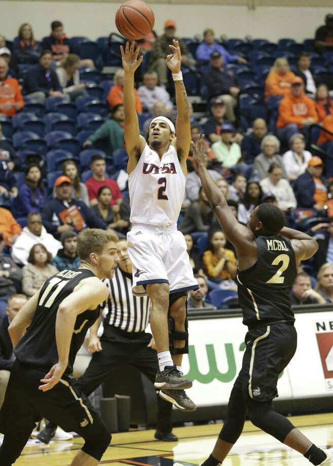 Jhivvan Jackson cranks a three pointer in the first half as UTSA plays Charlotte at the UTSA Convocation Center on January 24, 2019. Photo: Tom Reel, Staff / Staff Photographer / 2019 SAN ANTONIO EXPRESS-NEWS