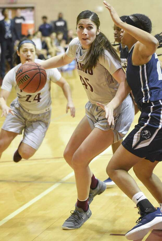 Christine Ortega led the way with 12 points and eight rebounds in a 71-44 loss at Rogers State. TAMIU is now 0-24 while setting a new program record with 12 straight defeats in league play. Photo: Danny Zaragoza /Laredo Morning Times File