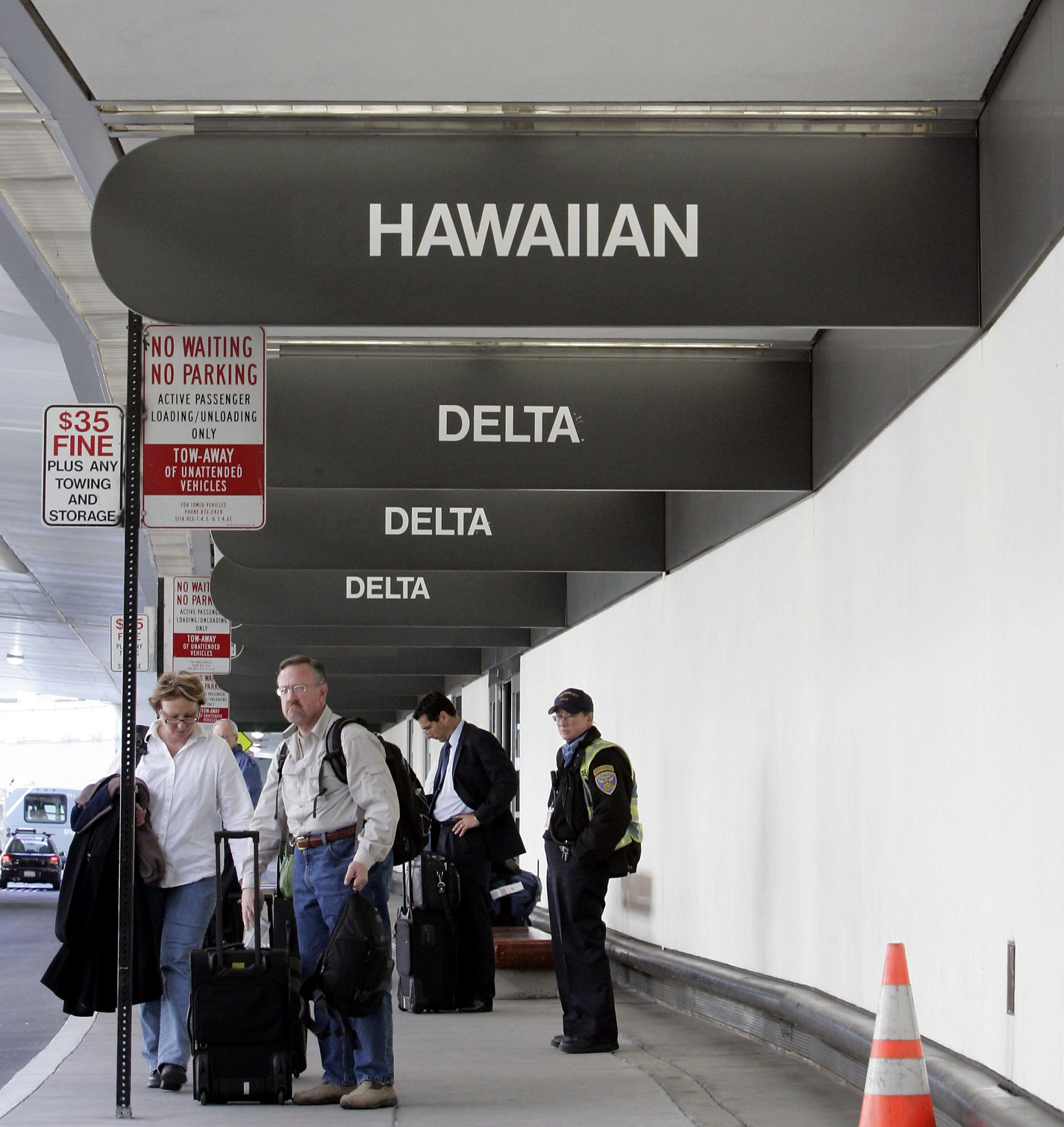 Flight Attendant Dies On Hawaiian Airlines Plane Rerouted To SFO