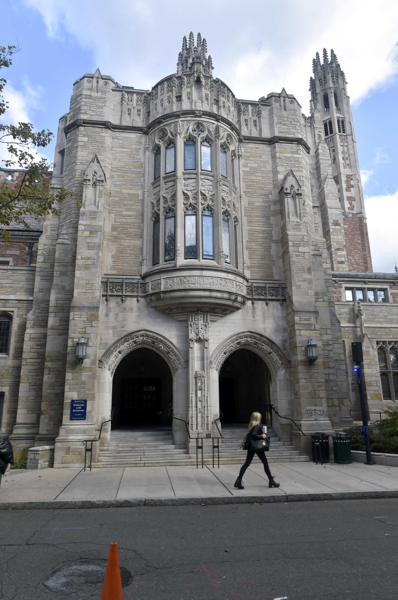 Yale gets record number of applications again, less than 5