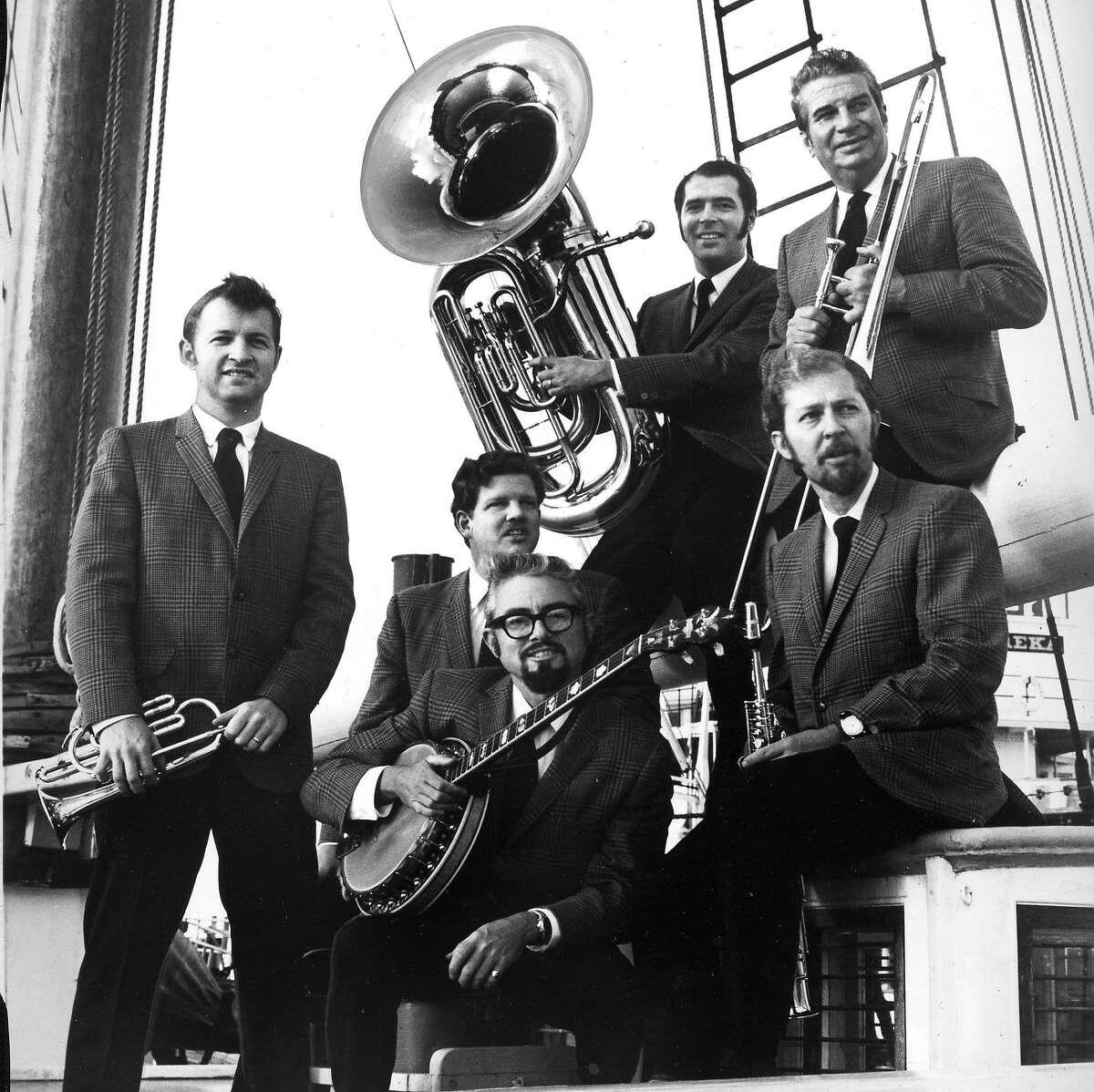 The Turk Murphy jazz band, Handout photo Photo ran 08/13/1972 Sunday Datebook p. 28
