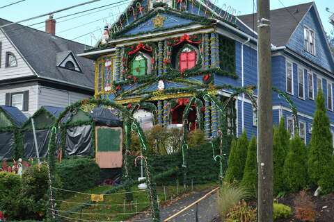 Outstanding Torrington Christmas House Family Given Less Than 2 Weeks Download Free Architecture Designs Rallybritishbridgeorg