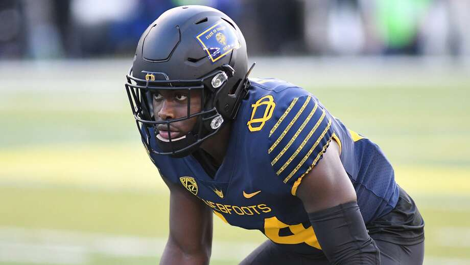 check out 0c0f0 ef8fc Oregon safety Ugochukwu Amadi wins Lombardi Award - Houston ...