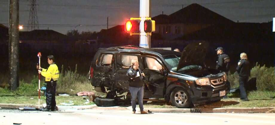 One child died and another was critically injured in a car crash in the Katy area around 9:30 p.m. on Jan. 25, 2019. Photo: MetroVideo