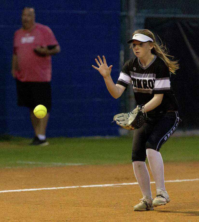 In this file photo, Conroe third baseman Makinsey Exley (4) fields a single last season. Photo: Jason Fochtman, Staff Photographer / Houston Chronicle / © 2018 Houston Chronicle