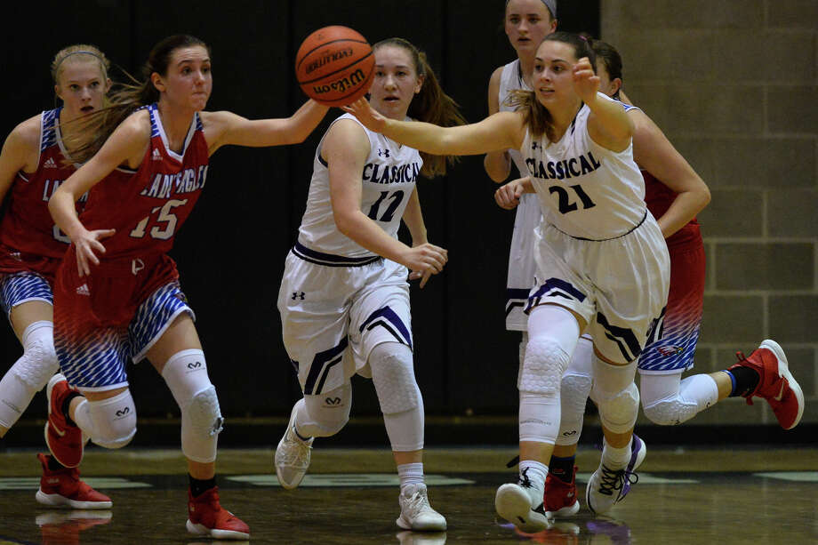 HS GIRLS BASKETBALL  No. 1 MCA beats No. 2 Lake Country in intense game 37427b23317f