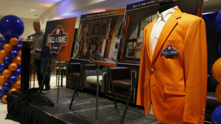 Reid Ryan, president of the Houston Astros, unveils the  new Astros Hall of Fame design and Hall of Fame jacket at the Astros Fan Fest on Saturday, Jan. 26, 2019, in Houston. Photo: Yi-Chin Lee/Staff Photographer