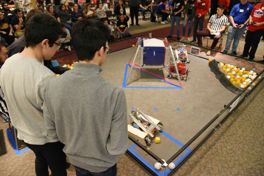United ISD, Laredo ISD and Harmony Public School's robotics teams challenge each other during the FIRST Tech Challenge at the TAMIU Student Center, Saturday, January 12, 2019. Photo: Christian Alejandro Ocampo