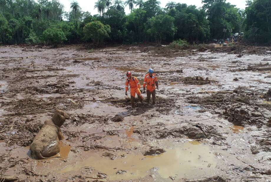 45b1a6128ff68 Search for Brazil dam survivors renews as death toll hits 58 - New ...