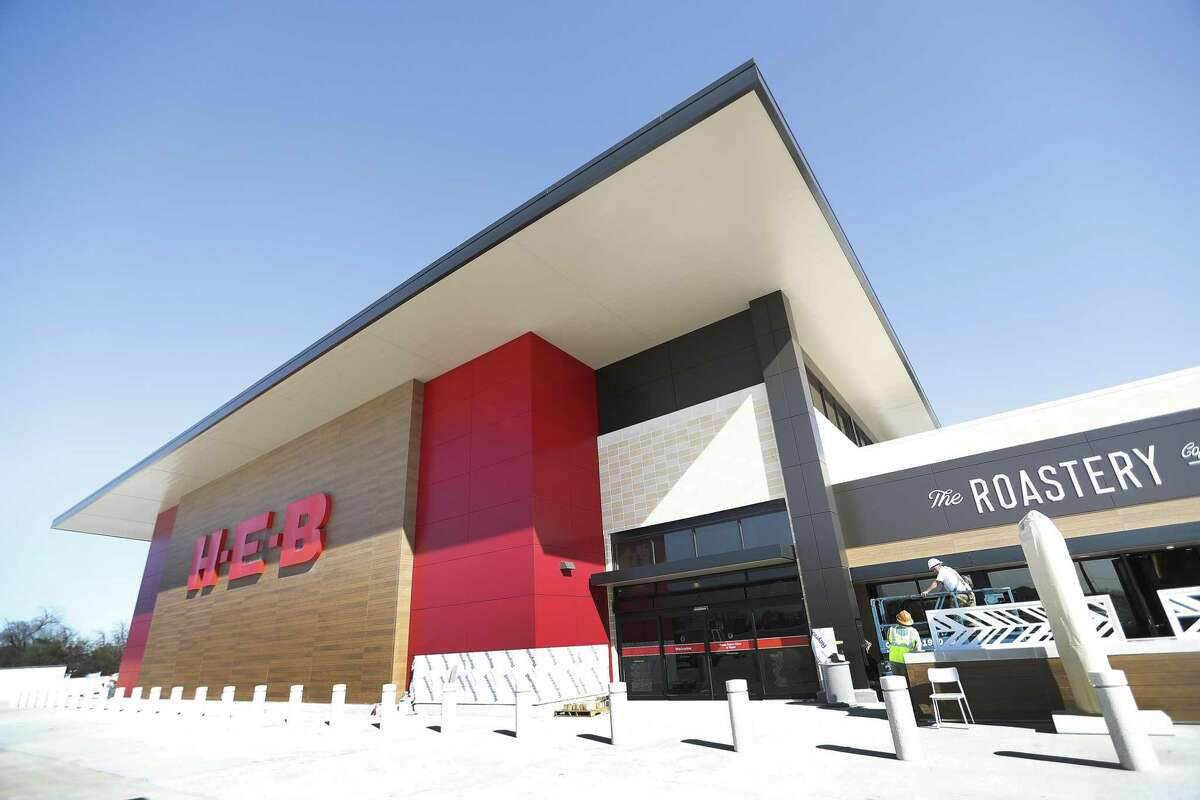 Exterior of the newest H-E-B, which is opening its long-awaited Heights store on January 30, Friday, Jan. 11, 2019, in Houston.