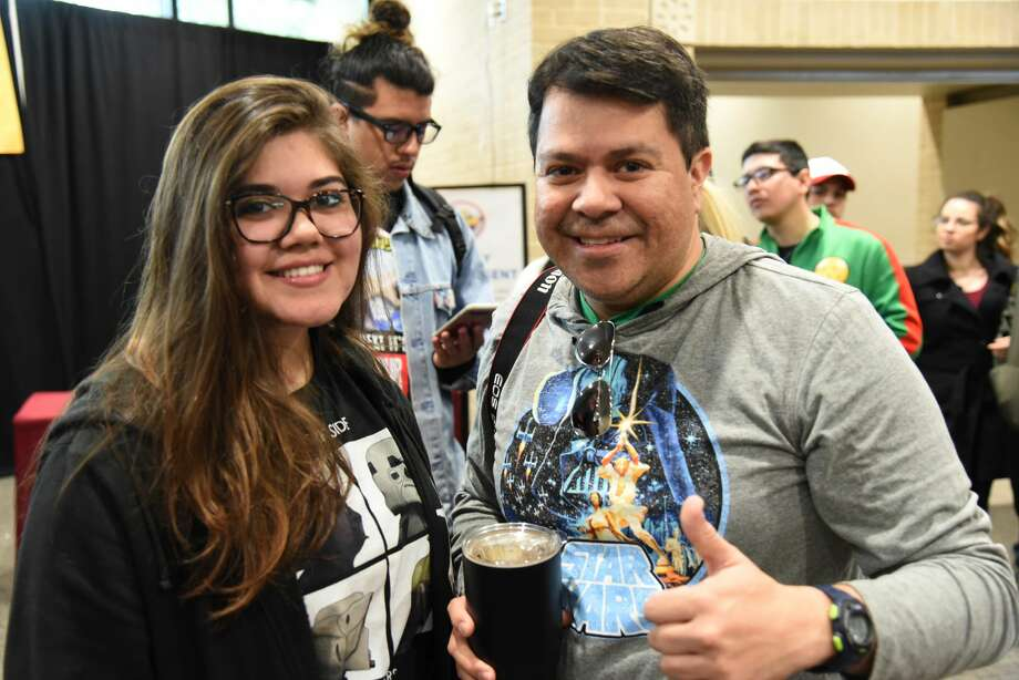 Julie San Miguel and JC Rodriguez pose for a photo during the Laredo STCE's Comic Con. Photo: Christian Alejandro Ocampo