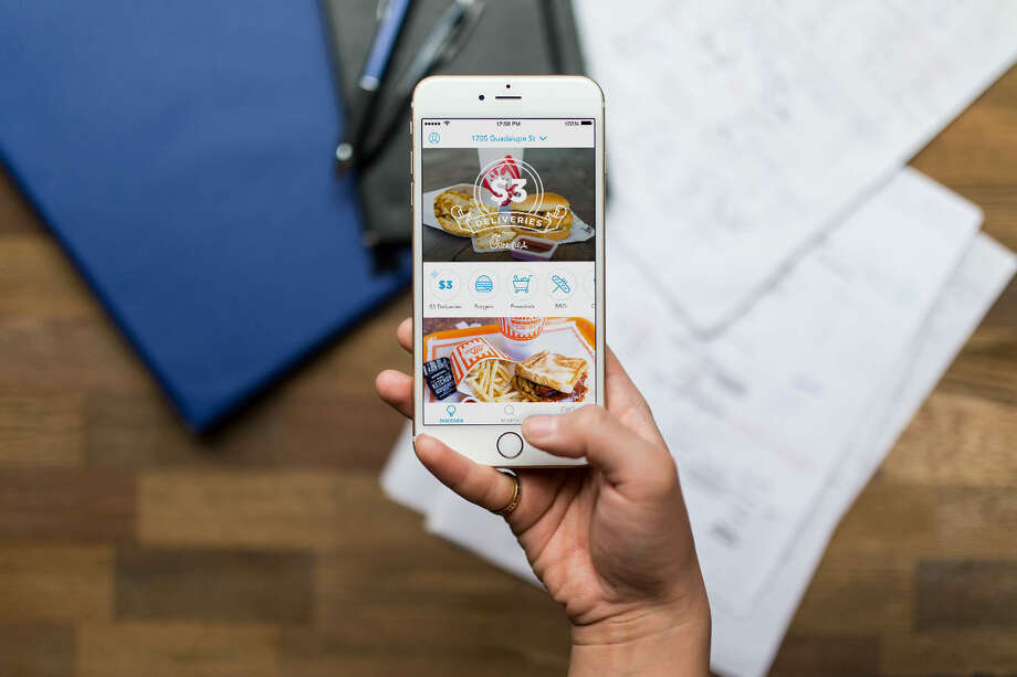 "As people's fears surrounding the novel coronavirus seem to continue ramping up, the food delivery app Favor announced Tuesday that they have unrolled ""contactless drop-off"" so that people may receive their takeout without the typical exchange of hands. Photo: Favor"