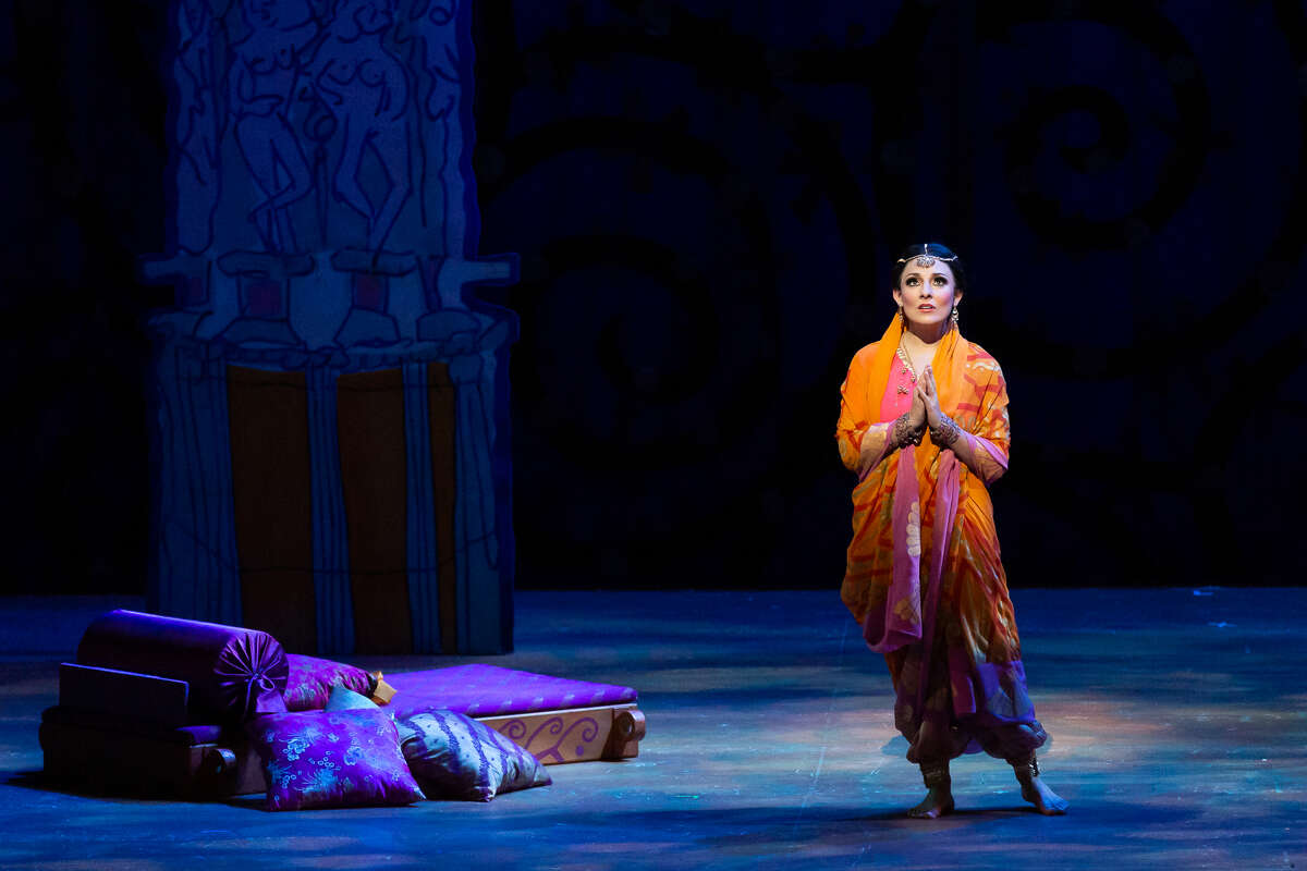 """Andrea Carroll as Leila in """"The Pearl Fishers"""""""