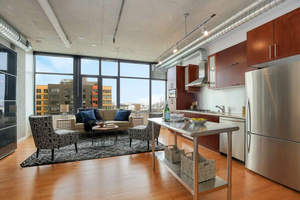 2720 Third Avenue, #1107, listed for $485,000. See the full listing here.