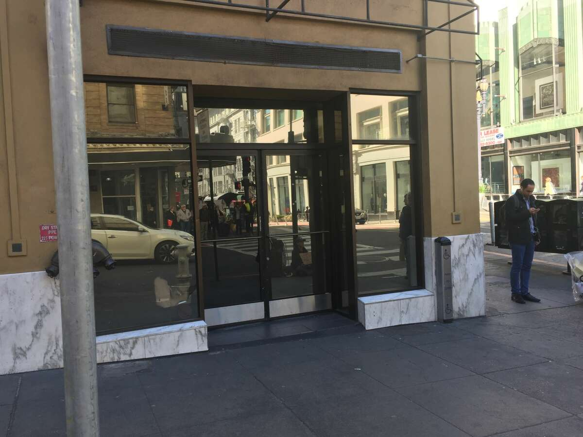 The closure of a Starbucks at 201 Powell St. in San Francisco's Union Square, surprised the neighborhood. The coffee shop served its last coffee on Jan. 20, 2019.