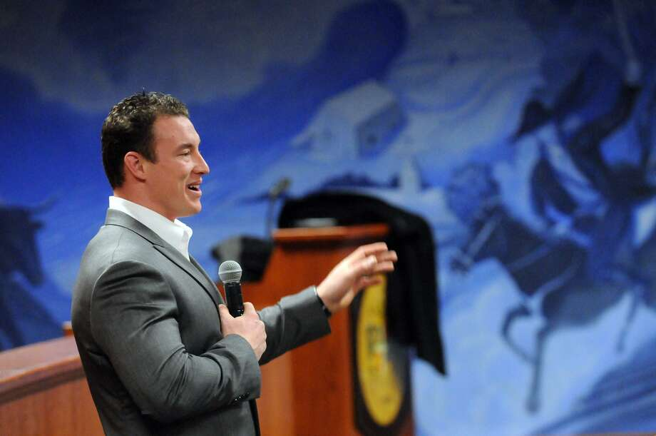 Carl Higbie addresses the crowd at the Greenwich Town Hall Meeting Room in 2014. Photo: Keelin Daly / Keelin Daly / Stamford Advocate Freelance