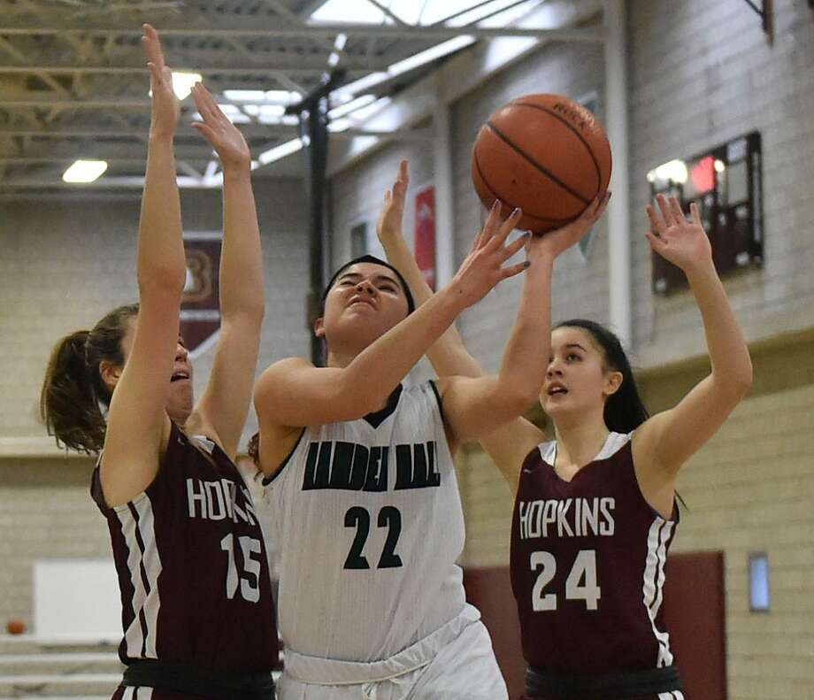 New Haven, Connecticut - Monday, January 28, 2019: Hopkins Vs. Hamden Hall girls basketball Tuesday at Hopkins in New Haven. Photo: Peter Hvizdak / Hearst Connecticut Media / New Haven Register