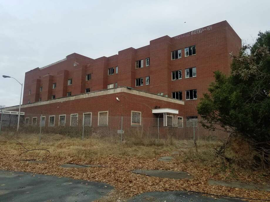 The former Leonard Hospital along New Turnpike Road in Troy. A plan to redevelop the site was scuttled due to fierce opposition from some neighbors. (Chris Churchill / Times Union)