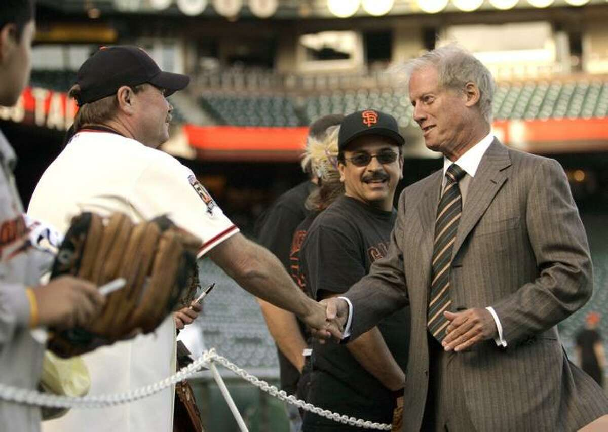 Peter Magowan met with fans before a game in 2008, his final season as the Giants' managing general partner.