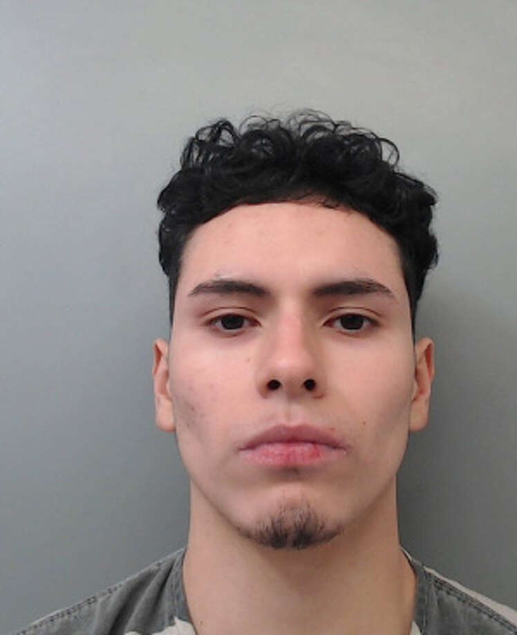 Albert Pescador, 17, was charged with burglary. Photo: Webb County Sheriff's Office