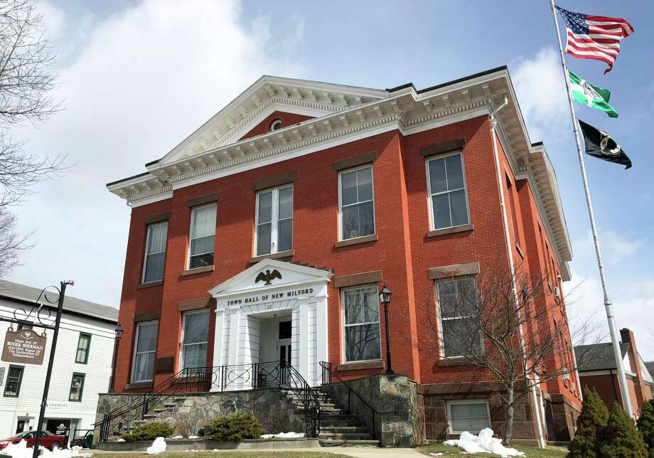 File photo of the Roger Sherman Town Hall on Main Street in New Milford. Photo: Deborah Rose / Hearst Connecticut Media / The News-Times  / Spectrum
