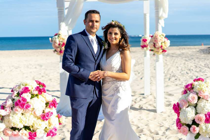 KENS-5 anchor Sarah Forgany and her husband got married in Fort Lauderdale, Florida on January 5, 2019.