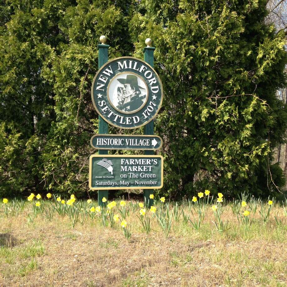 A welcome to New Milford sign. Photo: Contributed Photo / The News-Times Contributed