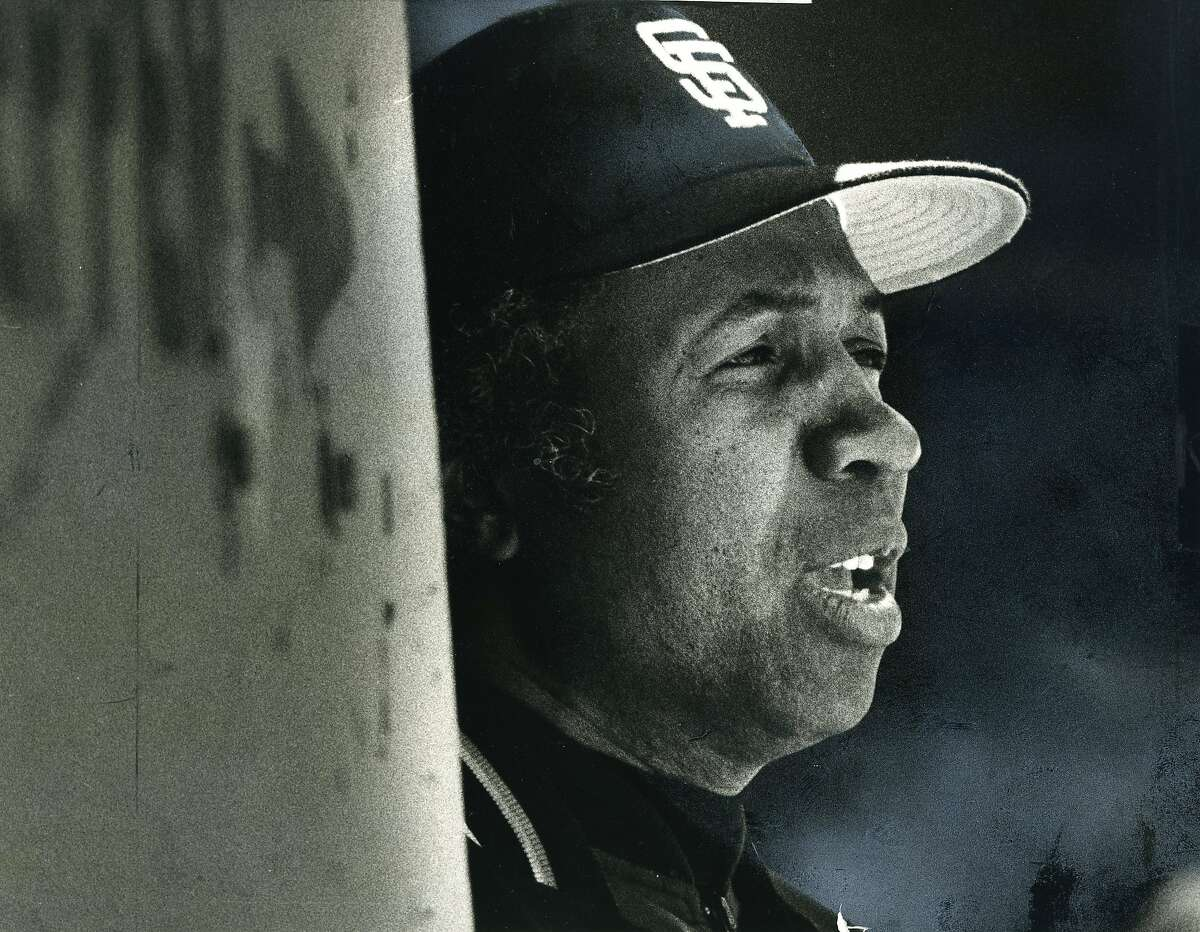 Manager Frank Robinson already stressing in the first inning of a game against the Astros, June 10 , 1984 Photo ran 6/11/1984