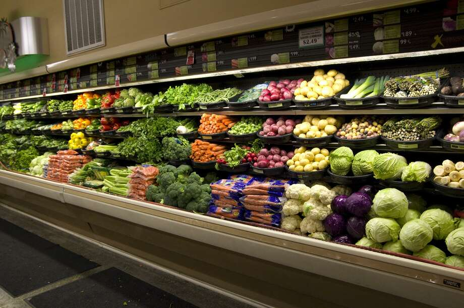A trip to the grocery store could wind up costing Connecticut consumers more under one budget fix that's on the table of Gov. Ned Lamont, who is trying to close a $1.5 billion deficit. Photo: Dreamstime / TNS / Dreamstime