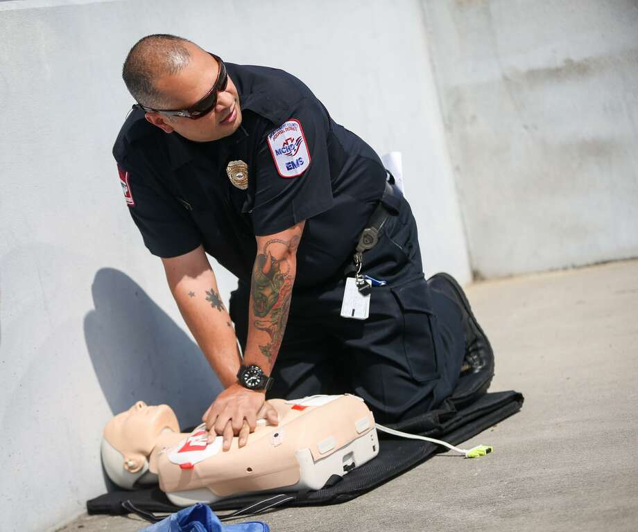 MCHD offers more than 50 trainings open to the public every year, varying from basic life support CPR and AED training for health professionals to hands-only CPR — a quick, basic class equally as effective as CPR within the first few minute a patient is in cardiac arrest. Photo: Michael Minasi, Staff Photographer / Houston Chronicle / © 2017 Houston Chronicle