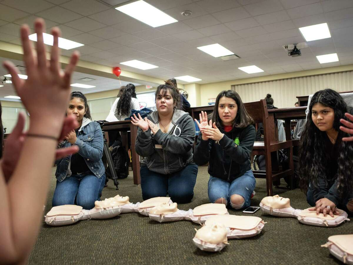 Southside High School students learn the basics of CPR during a medical training day put on by students from UIW's School of Osteopathic Medicine at Southside High School on Jan. 30. Voters need to elect board members who care about what happens in the district's classrooms.