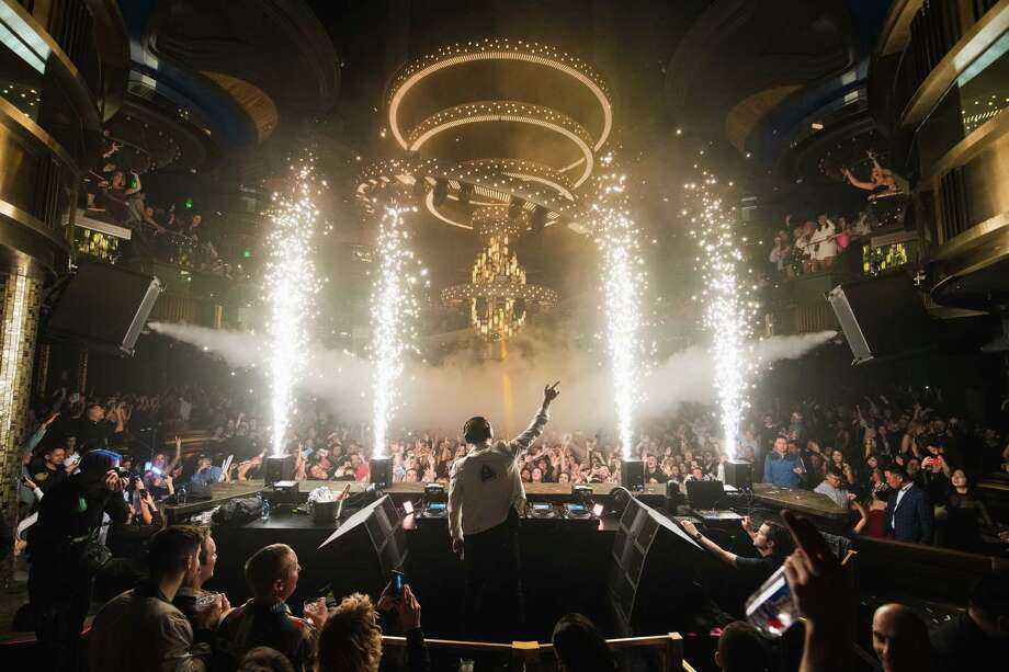 Tiesto holds court at Omnia in Caesars Palace. Photo: Michael Kirschbaum, Wolf Productions / Michael Kirschbaum, Wolf Productions