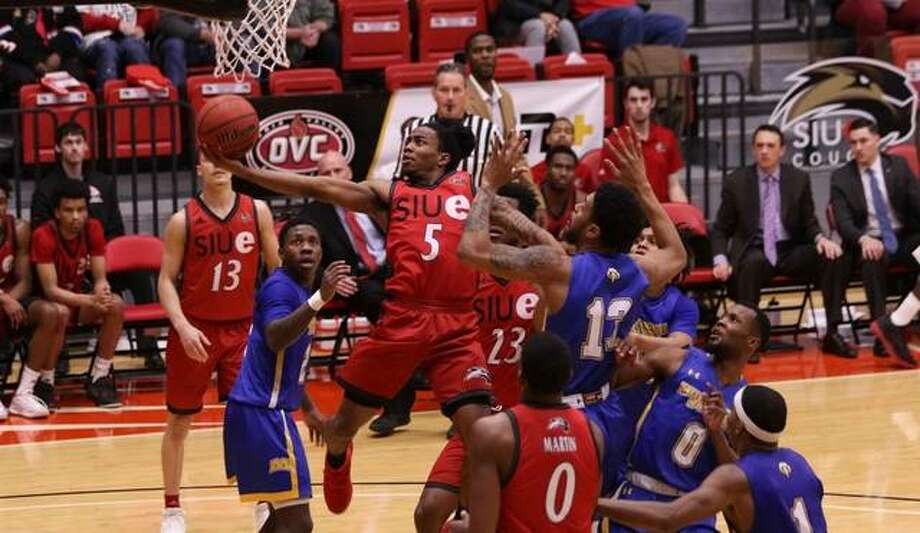 SIUE guard Tyrese Williford goes up for a layup during Thursday's OVC game. Photo: SIUE Athletics