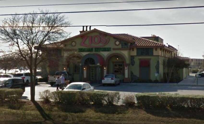 Zio's Italian Kitchen: 12858 Interstate 10 West Date: 05/20/2019 Score: 68 Highlights: