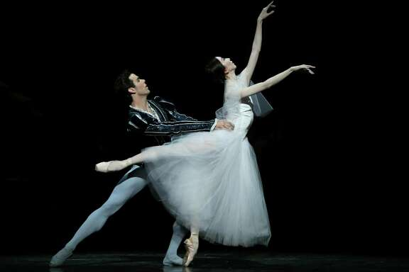 """Yuriko Kajiya and Connor Walsh in a scene from Stanton Welch's """"Giselle,"""" which will open Houston Ballet's 2019-20 season."""