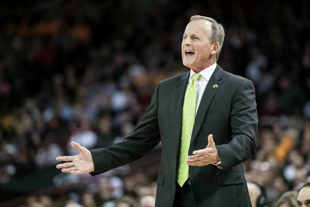 Tennessee head coach Rick Barnes reacts to a play during the first half of an NCAA college basketball game against South Carolina Tuesday, Jan. 29, 2019, in Columbia, S.C. Tennessee defeated South Carolina 92-70. (AP Photo/Sean Rayford)