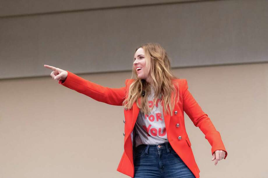 Well-known author and internet personality Rachel Hollis rallied more than 700 women Friday at Interfaith of The Woodlands' sixth annual Women Empowering Women luncheon to raise funds for their Community Clinic. Photo: Courtesy Photo/Derrick Bryant / Courtesy Photo/Derrick Bryant