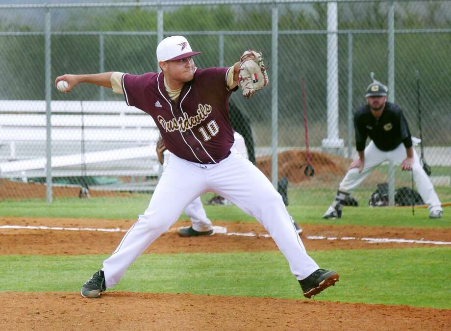 On Opening Day, TAMIU lost 2-0 to Cameron before the second game of their doubleheader at Jorge Haynes Field was suspended tied at 5 heading to the 10th due to darkness. Ruben Solis threw six of seven innings in the opener allowing two runs in the loss. Photo: Cuate Santos /Laredo Morning Times / Laredo Morning Times