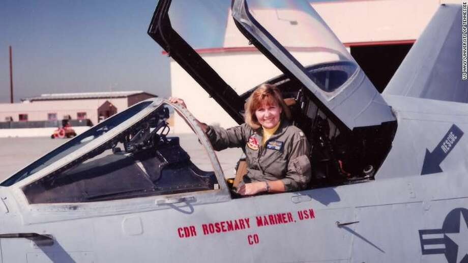 The Navy's first all-female flyover will honor a woman who