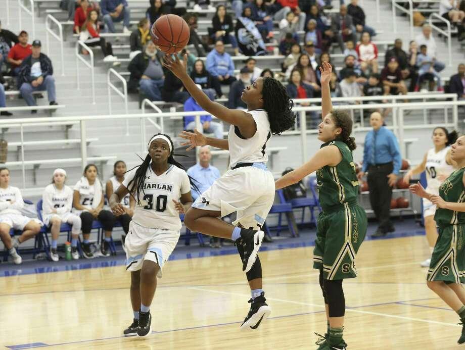 Nicole Nash scores as Harlan hosts Southwest Legacy in girls basketball at Harlan High School on February 1, 2019. Photo: Tom Reel, Staff / Staff Photographer / 2019 SAN ANTONIO EXPRESS-NEWS